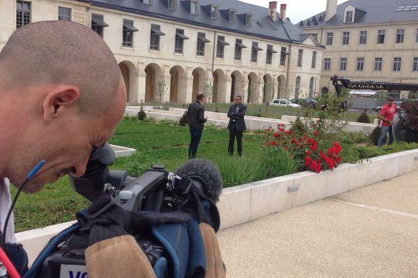 Tournage dans les jardins du Rectorat de Poitiers