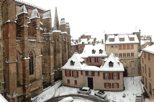 Rodez s'est réveillée sous de la neige fraîche.