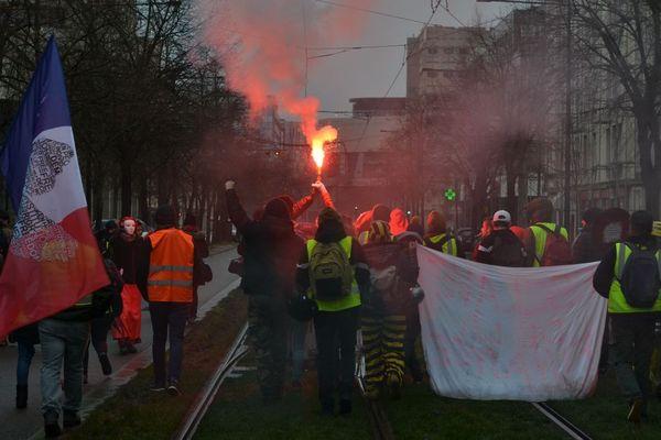 """Une nouvelle manifestation des """"gilets jaunes"""" a eu lieu à Dijon samedi 26 janvier 2019."""