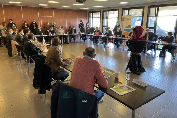 1er mars 2021- Julien Denormandie, ministre de l'Agriculture et de l'Alimentation en réunion avec les acteurs du MIN de Rouen