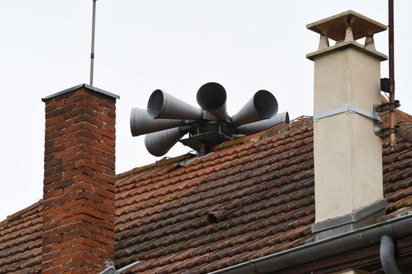 Il ne faudra pas paniquer si vous entendez retentir les sirènes d'alerte vendredi 9 octobre à Montluçon dans l'Allier.