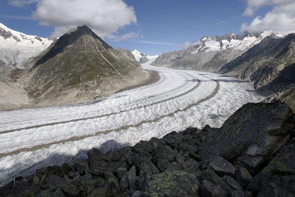Le glacier d'Aletsch (Suisse), ici en 2007, est menacé par le réchauffement de la planète. Photo d'archives.