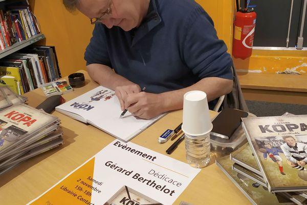 L'illustrateur et scénariste Gérard Berthelot en pleine séance de travail