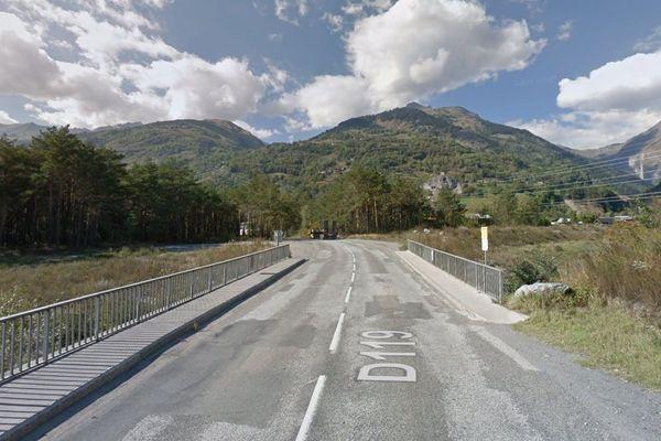La collision s'est produite sur la route des Arcs, près de Bourg-Saint-Maurice.