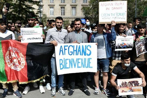 Rassemblement d'Afghans à Paris dimanche 22 août.