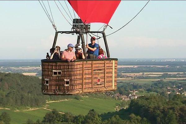 Les vols en montgolfière s'effectuent à l'aube ou en fin d'après-midi