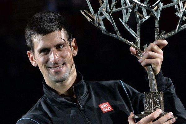 Avec ce nouveau sacre à Paris-Bercy, Djokovic porte à 16 le nombre de titres acquis en Masters 1000.