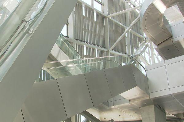 Un musée des Confluences : une réouverture le 2 juin avec un nombre réduit de visiteurs, sécurité sanitaire oblige. Alors les visiteurs ont l'impression d'être des privilégiés.