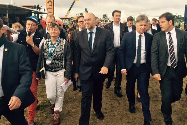 Le ministre de l'agriculture Stéphane Travert ce jeudi au salon nation des Cuma à Saint-Pierre-en-Ifs, dans le Pays d'Auge.