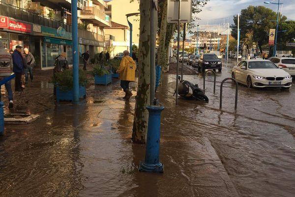 Inondation à Mandelieu, le lundi 2 décembre 2019