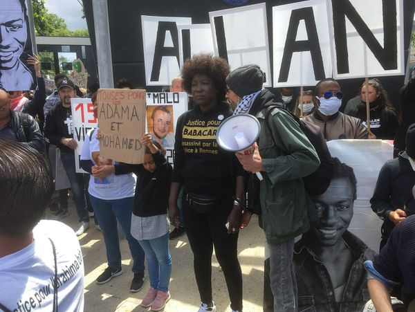 Awa Gueye réclame la justice pour son frère Babacar tué en 2015 après l'intervention de la police dans un immeuble à Rennes