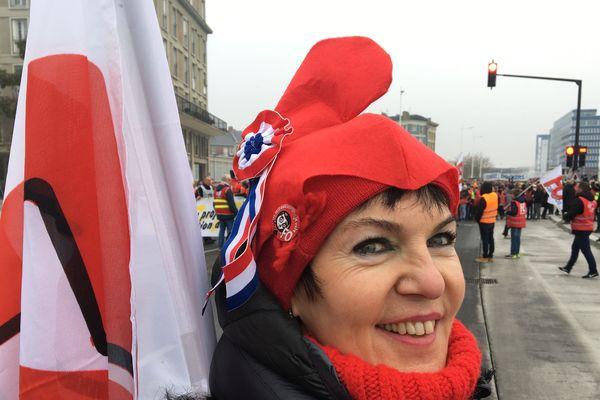 Chantal est venue spécialement de Caen pour rejoindre le cortège du Havre.