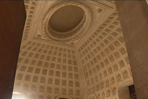 Le grand Dôme Central de l'Hôtel Dieu accueillera un bar attenant à un hôtel de luxe, mais ouvert au public.