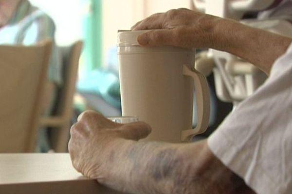 Les personnes âgées représentent une population particulièrement vulnérable aux fortes chaleurs