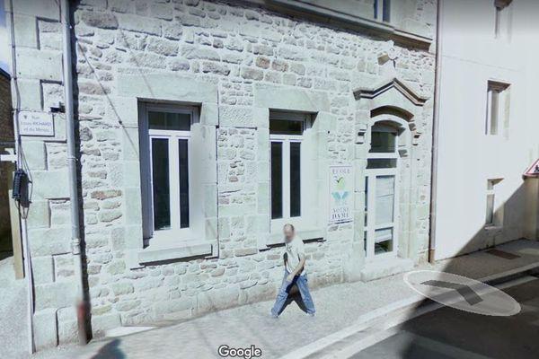 26 cas de Covid-19 au sein de l'école primaire privée Notre-Dame, de Saint-Genest-Lerpt dans la Loire déclarés le 20 janvier 2021.