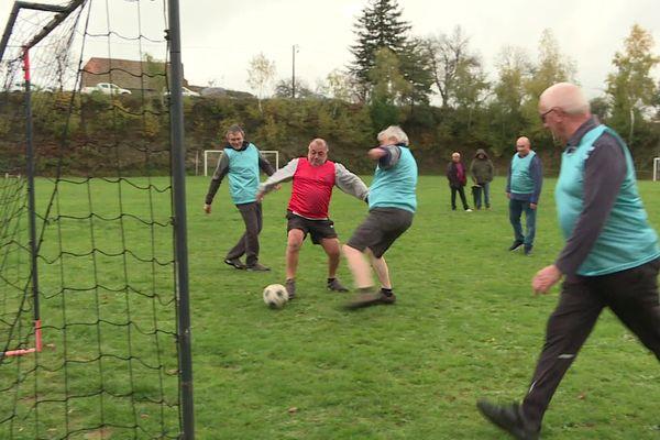 Le club du Walking Football Vezels-Labrousse compte une quinzaine de joueurs pour le moment.