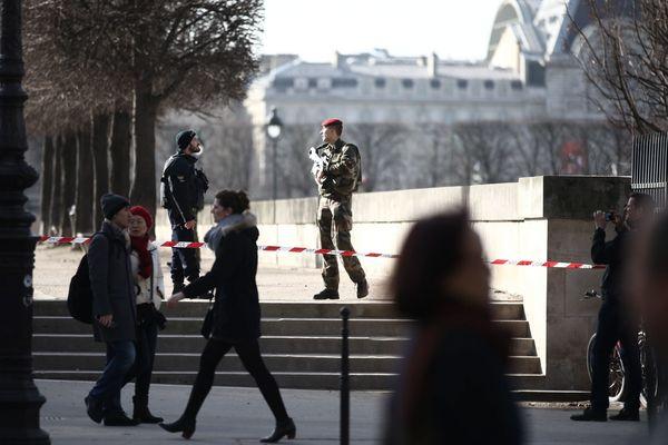 Le secteur du Louvre a été bouclé