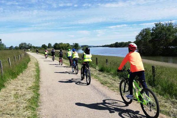 Les CM2 de Lugny vont parcourir plus de 150 km à vélo en une semaine.