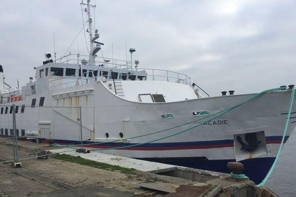 L'Acadie était à vendre 80 000 euros mercredi 4 décembre, dans le port de Lorient.