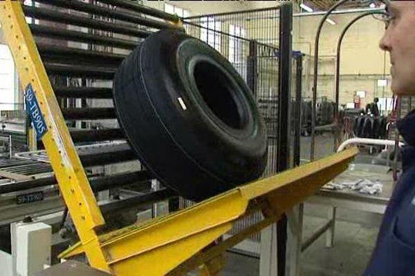 L'usine Michelin à Saint-Doulchard dans le Cher spécialisée dans la fabrication de pneus d'avion