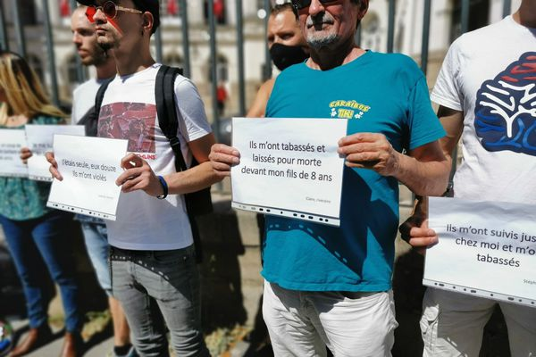 Selon l'association, les agressions à l'arme blanche sont de plus en plus fréquentes dans le centre-ville de Nantes.