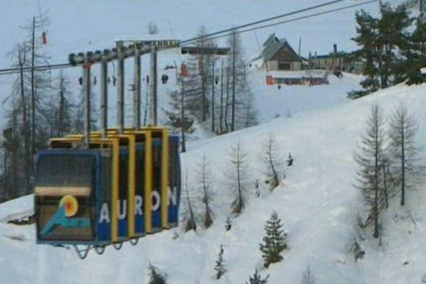 L'avalanche est survenue sous le téléphérique du Dôme, secteur de Las Donnas.