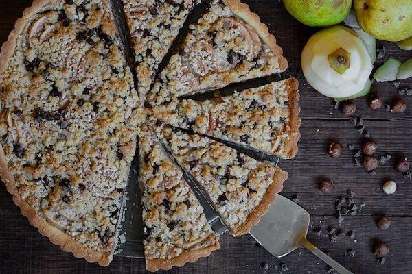 La tarte streusel aux poires, noisette et chocolat du blog Je vais vous cuisiner.