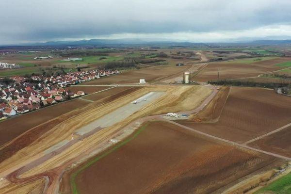 Le chantier du Grand contournement ouest (GCO), vu du ciel.