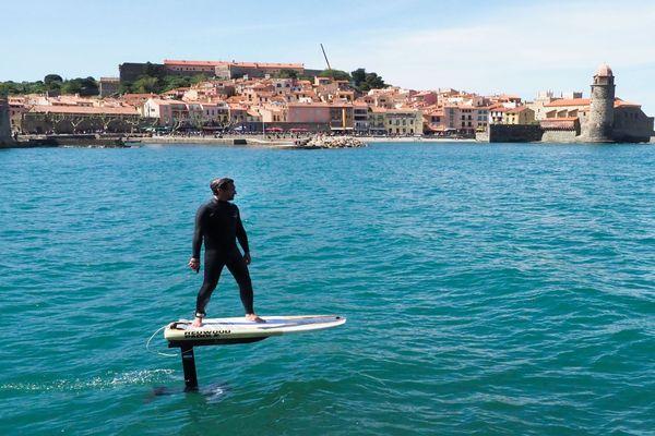 Collioure (Pyrénées-orientales) - test du surf électrique - mai 2019.