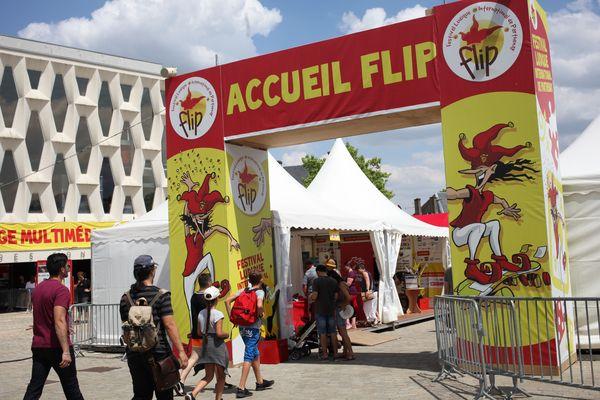 L'accueil du festival, sur la place du Drapeau, en juillet 2018.