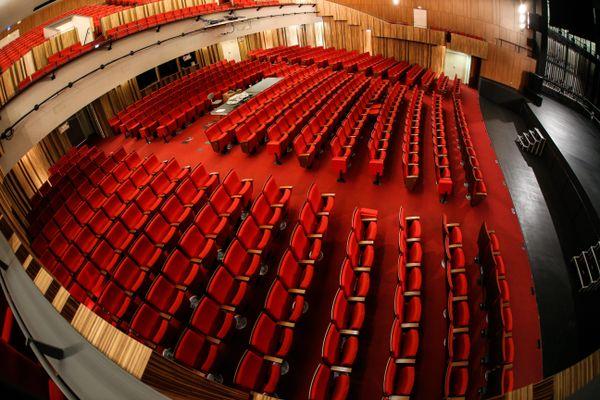 Les professionnels de la culture demandent la réouverture des théâtre et lieux de spectacle vivant.