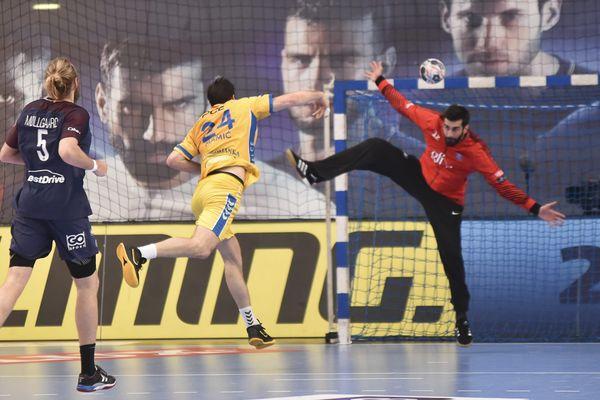 Le match PSG Handball / Kielce, le 28 avril, au stade Pierre de Coubertin, à Paris.