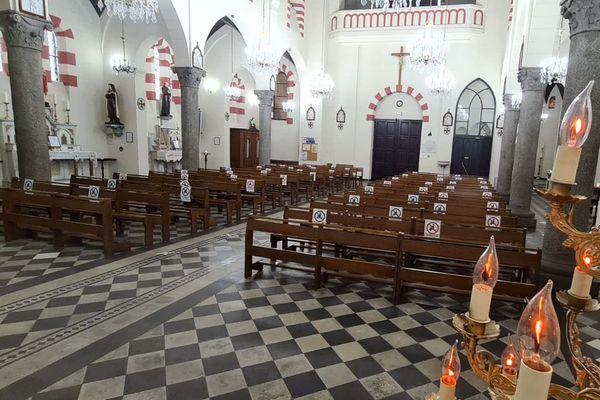 En raison de la situation sanitaire, les messes publiques sont interdites depuis le 30 octobre.