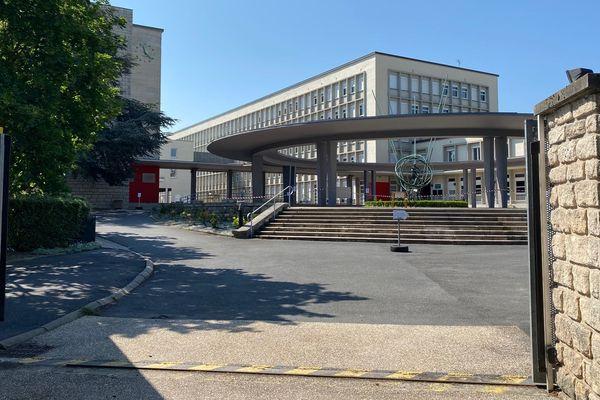 Le lycée Clémenceau à Reims.