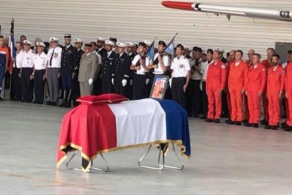 Nîmes-Garons - Hommage à Franck Chesneau décédé le 2 août dernier dans le crash de son Tracker 22 - 6 août 2019.