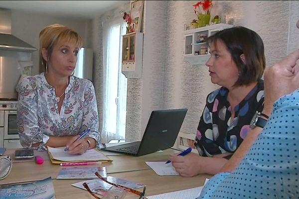 Sandrine Berrard et les bénévoles de l'association Un but pour Logan