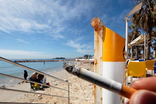 La première plage non fumeur de France à la Ciotat