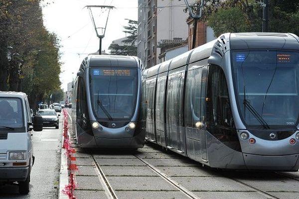 Le tram Garonne à Toulouse