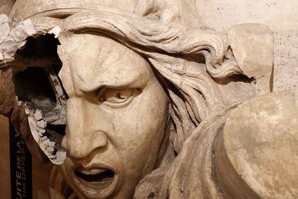 """L'Arc de Triomphe, place de l'Étoile à Paris, a été le théâtre de violences et de dégradations lors d'une manifestation des """"gilets jaunes"""" samedi 1er décembre 2018."""