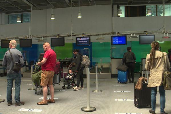 Les voyageurs ont repris la direction de l'aéroport de Marseille-Provence et les avions leurs rotations dans les airs.