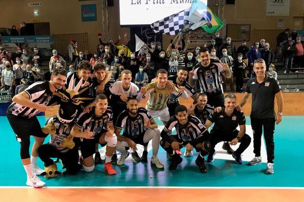 L'équipe du Stade Poitevin qui s'est imposée au tie-break face à Sète le mardi 6 octobre 2020.
