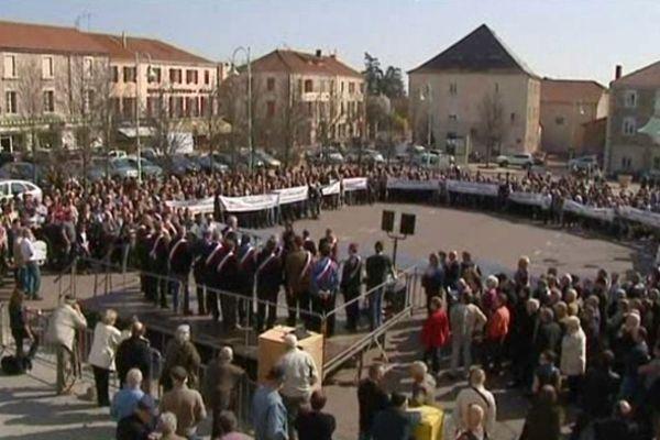 Les élus opposés à l'intercommunalité rassemblés (Archives- 26/03/2012)