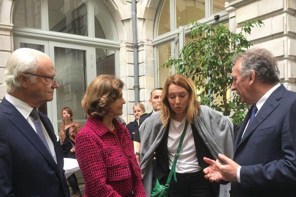 La famille royale reçue en mairie de Pau avec François Bayrou