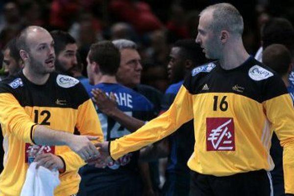Les gardiens de l'équipe de France de handball pour Rio 2016 : Vincent Gerard (G) and Thierry Omeyer.
