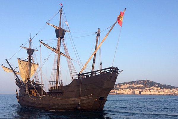 Le Nao Victoria, premier navire à avoir fait le tour du monde, arrive à Sète pour escale à Sète le 22 mars 2016