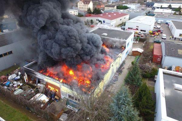 Photo des pompiers prise à l'aide d'un drone