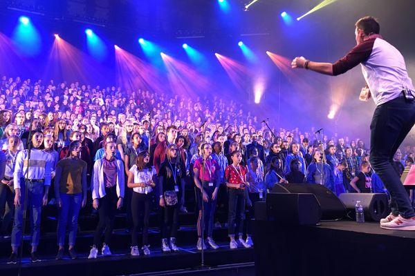 750 collégiens de l'Aube ouvrent le festival des Nuits de Champagne 2018 à Troyes.