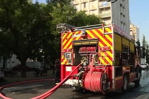 Les pompiers dans le quartier Pissevin à Nîmes