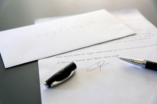 Un vieux testament trouvé dans un tiroir peut-il encore être valable ?
