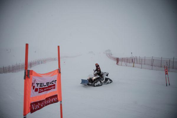 Les épreuves féminines de la Coupe du monde de ski alpin avaient dû être annulées en décembre 2019 à Val d'Isère en raison de la météo.